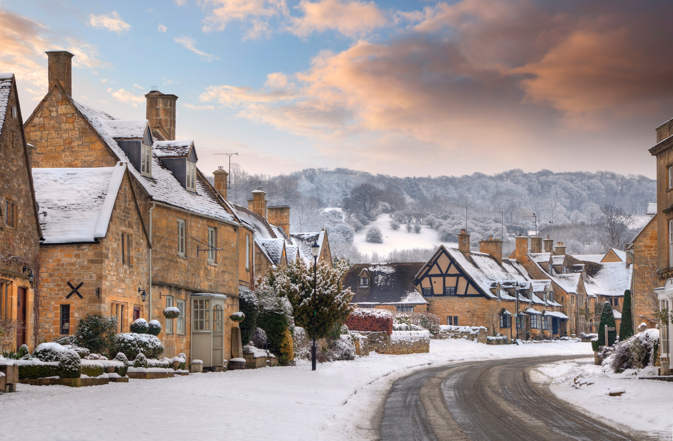 iStock-182283547_The Cotswolds_Winter