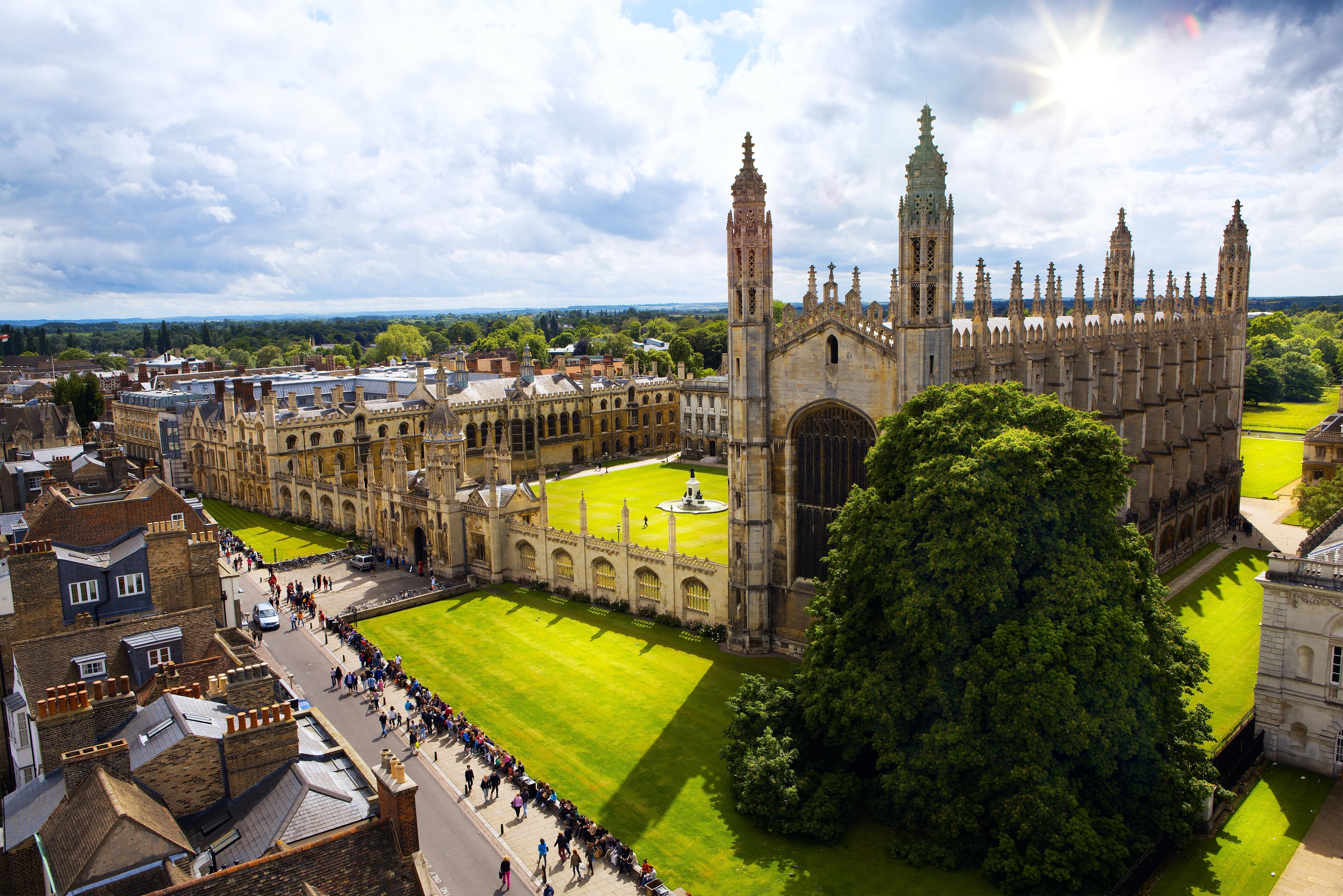 iStock-465674645_Cambridge Univ.jpg