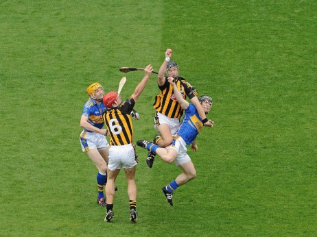 hurling2-copyright-Sportsfile1-462x346_hurling option 2