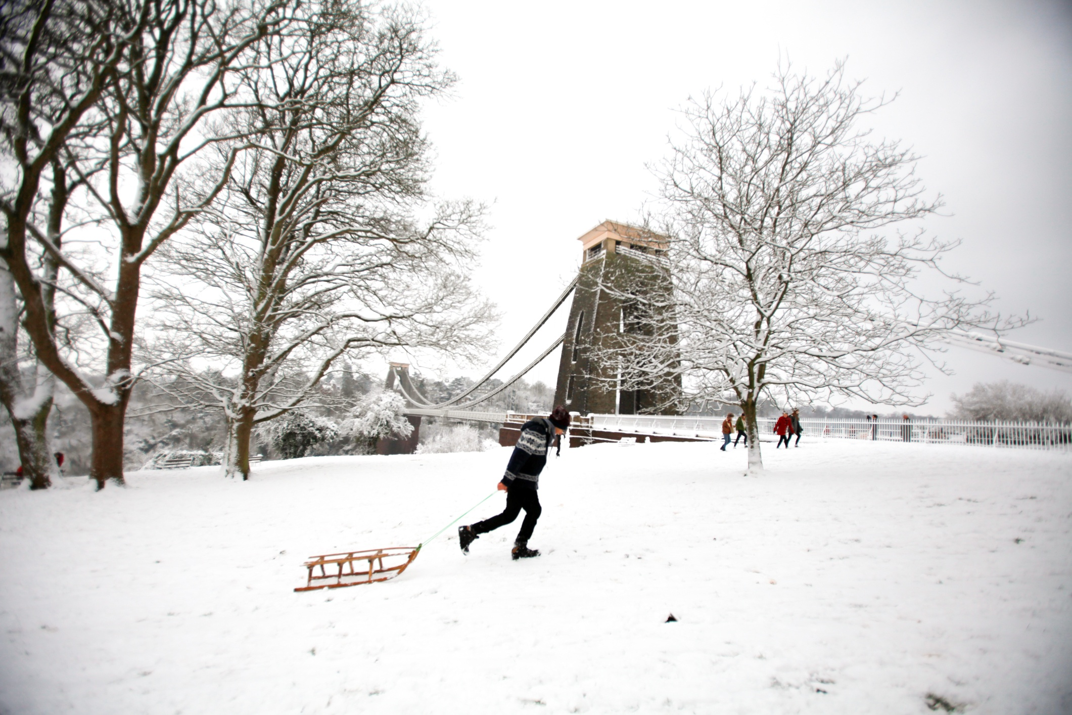 iStock-475671739_clifton suspension bridge_winter