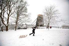 iStock-475671739_clifton suspension bridge_winter
