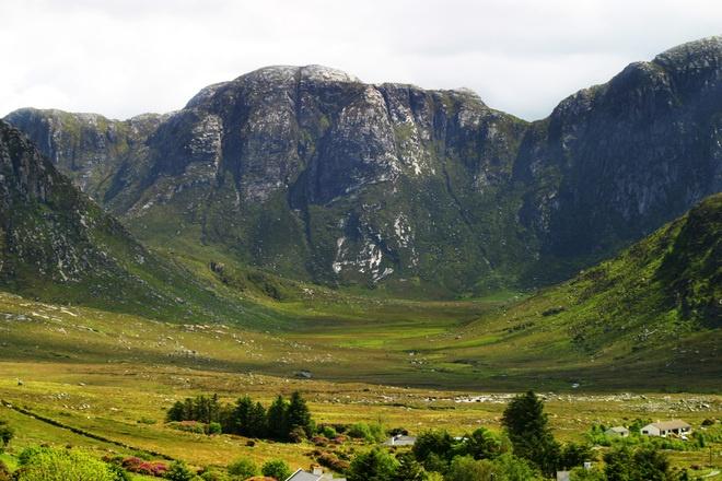 mountain-glen-1547706.jpg